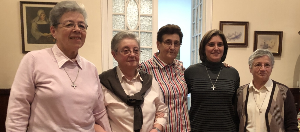 From left to right: Srs. Myriam, María Dolores, Ángela, Conchi, María Nieves
